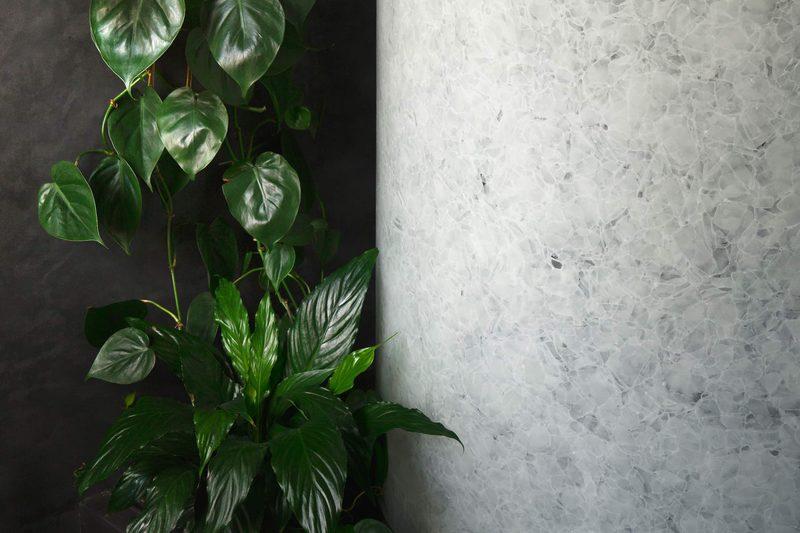 Bilska De Beaupuy Indoor Outdoor Bathroom 09